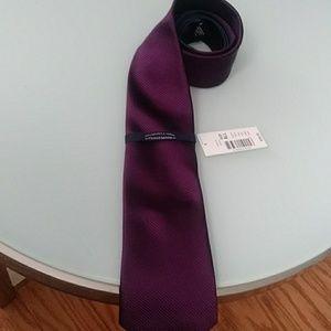 🌼Roundtree & Yorke Neck Tie